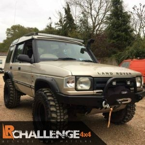 "52"" LED Light Bar Curved inc gutters mounts to Fit Land Rover Discovery 1 & 2 inc loom"